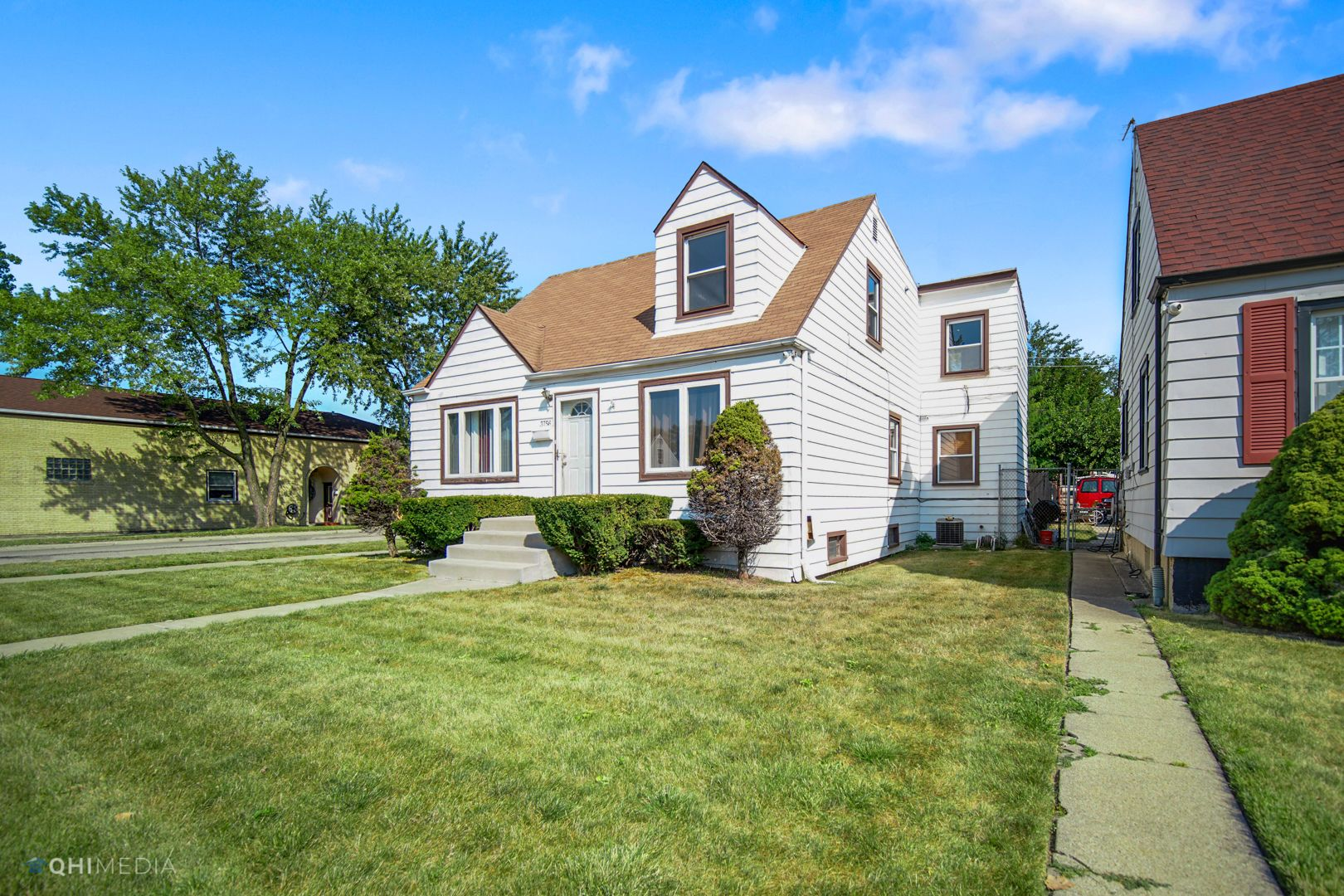 3756 W 85th Place