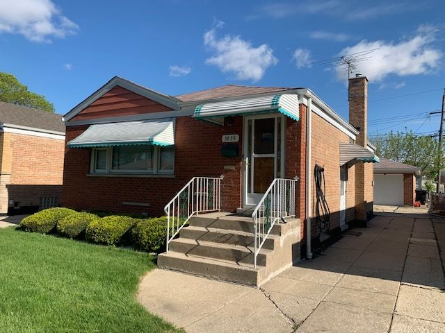 3836 W 76th Place